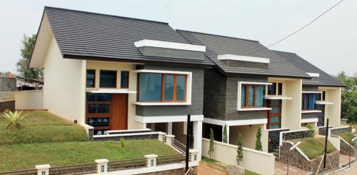 Genteng Victoria Slate Villa Bandung Indah-Bandung